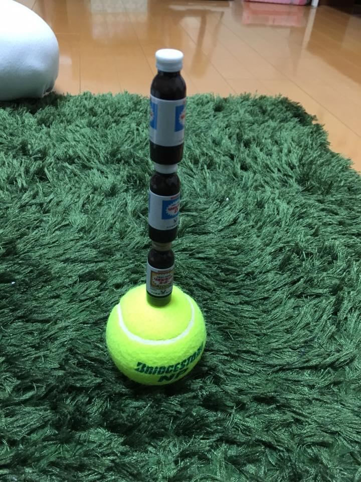 集中力 テニスボール3個積み