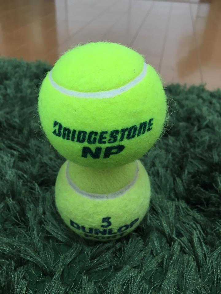 テニスボール 2個積み 集中力